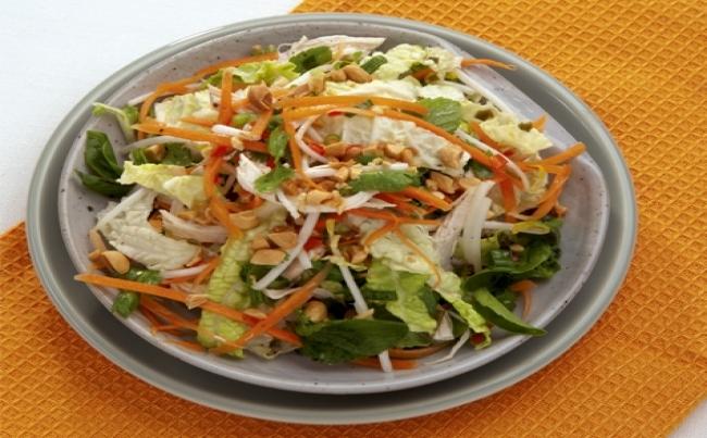 Ensalada asiática de pollo recetas menu perú