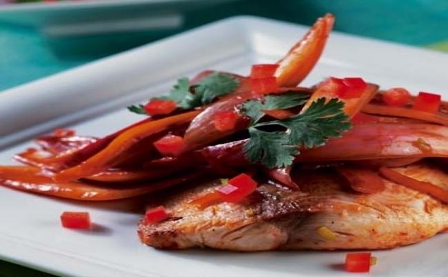 Ensalada de pescado con vainitas recetas menu per - Platos gourmet con pescado ...