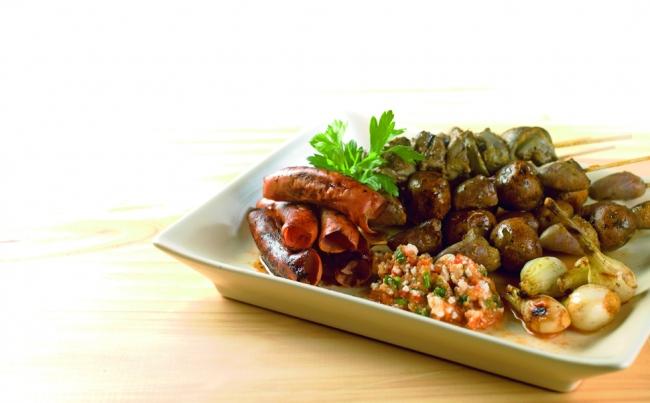 Piqueo criollo recetas menu per for Decoracion de platos gourmet pdf